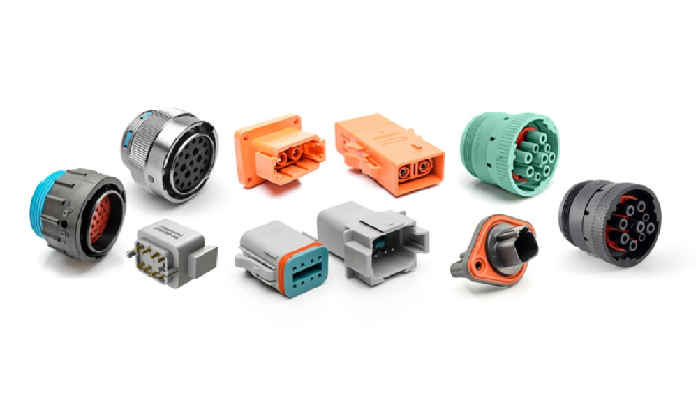 Heavy Duty, Multi-Pin Plastic and Metal Connectors / Amphenol